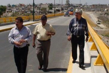 Puente en Azumiatla beneficia a 50 mil poblanos