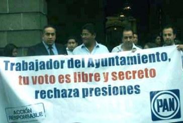 Panistas rechazan en Palacio Municipal el voto corporativo