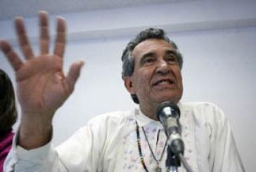 Intolerancia en la Ibero; vetan a Pepe Momoxpan