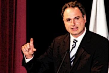 Académicos enmiendan ley de Rodríguez Regordosa