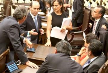 Diputados firman pacto de civilidad por proceso electoral