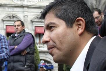 Suspenden juicio de amparo de Eduardo Rivera