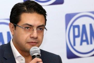 PAN acusa a Barbosa de exceder gastos de campaña