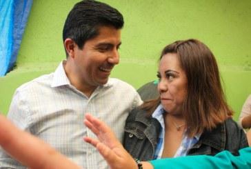 Rivera Pérez desdeña encuestas que lo ubican en empate