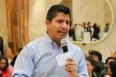 Acusan pasividad de Lalo Rivera contra gobiernos morenistas