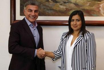 Insiste Claudia Rivera en negar distanciamiento con dirigencia