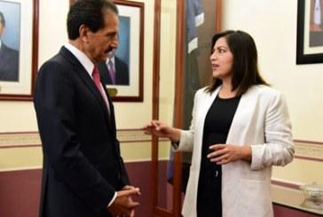 Ven oportunismo en reunión Esparza-Rivera