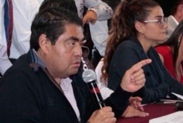 Bajeza condicionar candidatura de Barbosa por cuestiones de salud