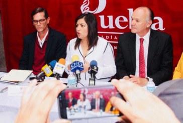 No tengo compromisos políticos, asegura Claudia Rivera