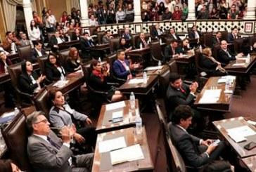 Bancadas presentarán propuestas al interinato; descartan a Rodríguez Almeida