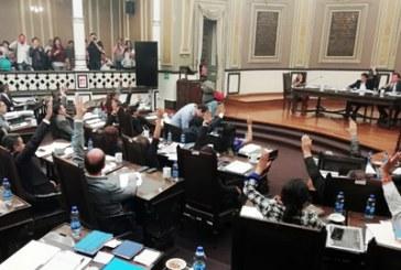 Recibe Congreso del Estado cinco cartas de intención para gobernador interino