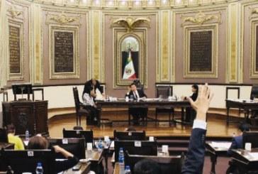 """Suman 3 diputados que """"huyen"""" de la fracción del PAN"""