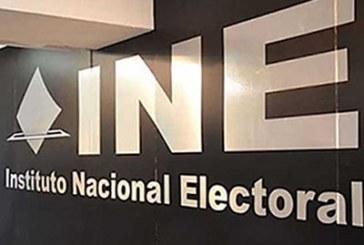 Insiste Barbosa en que INE atraiga elección de Puebla