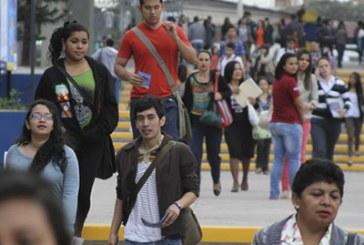 Urgen universitarios a aspirantes agenda contra inseguridad