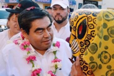 No reparto cargos, afiliación es tarea de Morena: Barbosa