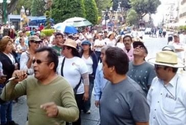 Marchan contra Claudia Rivera