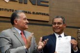 Se registra Jiménez Merino como candidato del PRI; reconocen desventaja
