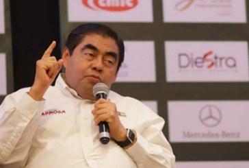 Barbosa conformará comitiva para gestionar inversiones para Puebla