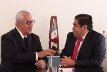 Modernizar la administración pública, propósito del nuevo gobierno: Barbosa