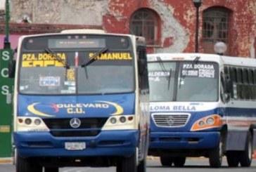 Plantean revisión a choferes del transporte público tras agresión a pasajera