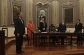 Entre protestas eligen a Higuera Bernal como fiscal