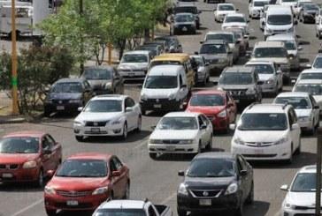 Retomarán reemplacamiento y verificación vehicular en 2021