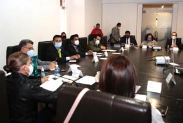 Acuden representantes, en lugar de la presidenta municipal, Claudia Rivera, a comparecencia en Comisión del Congreso del Estado