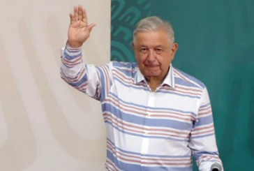 AMLO garantiza apoyos para afectados del Huracán Grace en Puebla